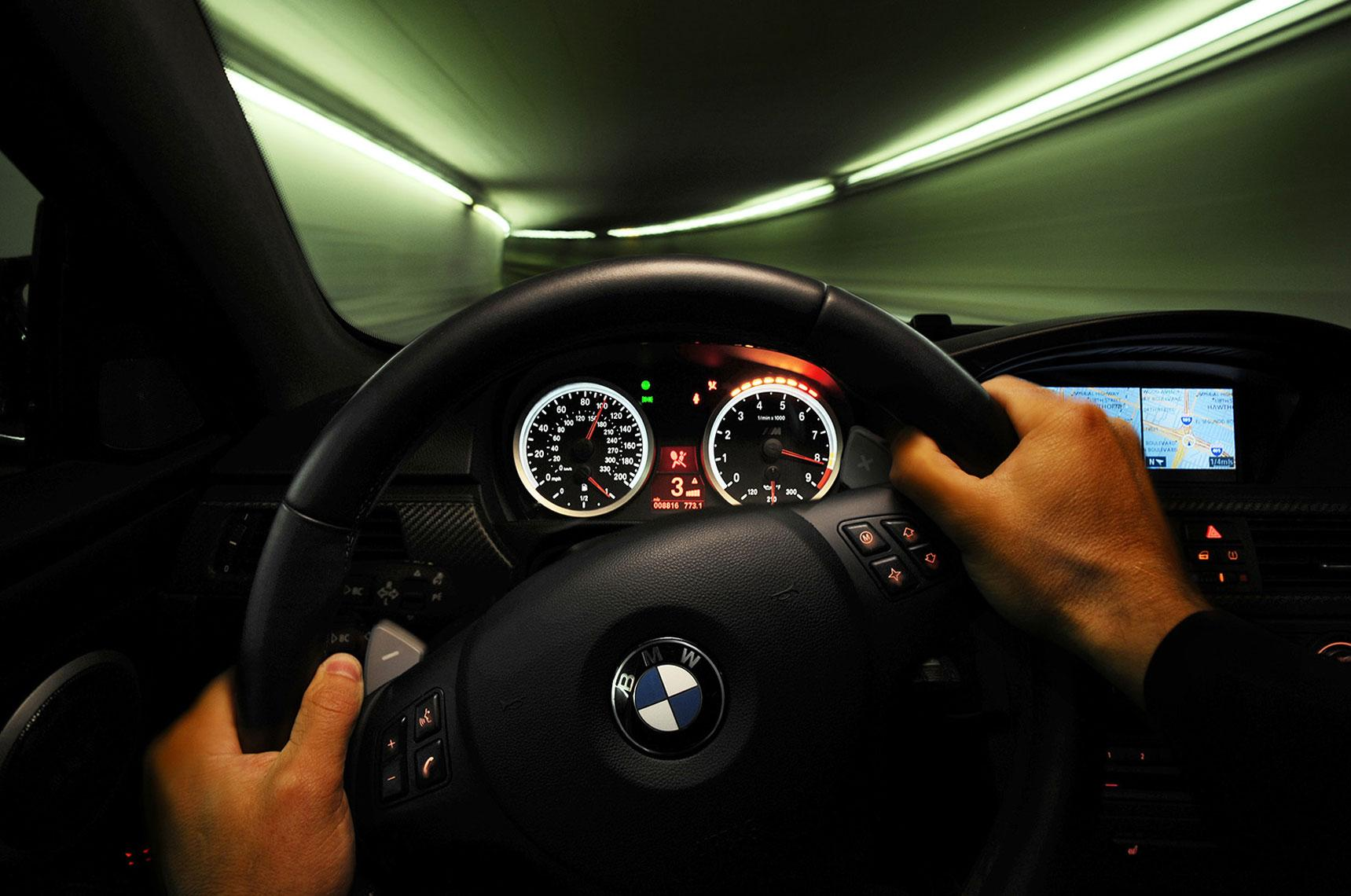 VHUBER_lights_steeringwhl